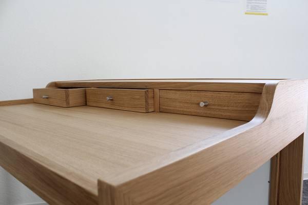 Heizender Schreibtisch, massiv Echtholz, Buche, 1200x800x800mm